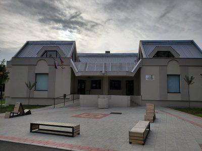 Biblioteka-V.Plana-2